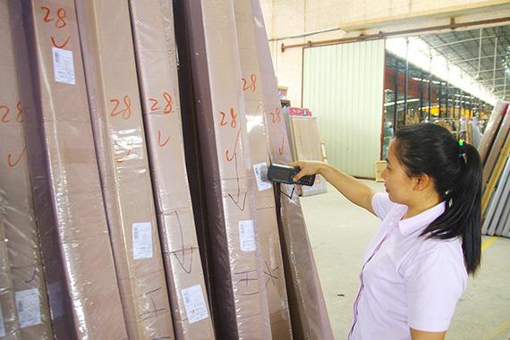 生产管理升级,工厂全面执行6S生产管理体系,再次提高生产品质,获得