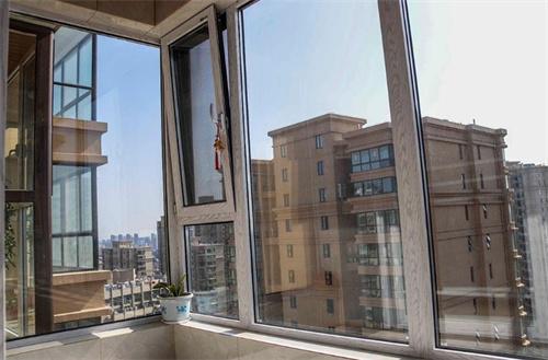 门窗常见问题:秋季门窗要保养?如何清洁保养门窗?